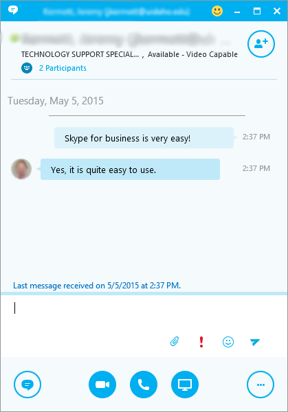 Instant messaging in Skype for Business.